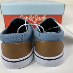 Size 6 New In Box Cat /& Jack Toddler Shoes Boys/' Tom Wild Twin Gore Chambray